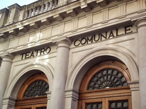 teatroCaniglia2